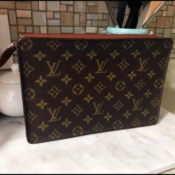 ca9b13e4c8b Auth. Louis Vuitton RARE Unisex Homme Clutch Bag